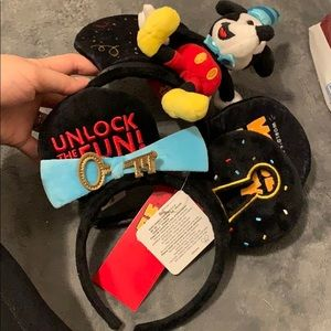 Disney Set of 2 mouse party ears! 50th anniversary